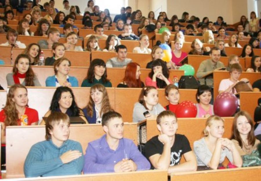 Челябинском юургу горячая студенческая оргия 145